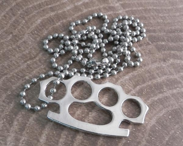 AB340 Brass Knuckle Necklace | Necklaces/ Chokers