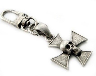 Image K-SKICP Skull Iron Cross Clip-On