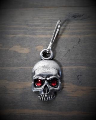 Image BZP-36 Skull Diamond Zipper Pull