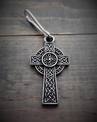 Image BZP-21 Celtic Cross Zipper Pull