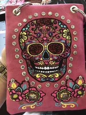 Image CHIC866-FU Skull design embroidery